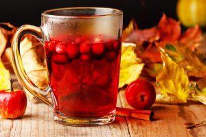 3 drinkkiä Rubyred-karpalomehusta