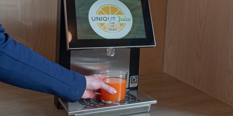 Unique Juice -mehut ja Juici -juomakoneet palvelevat VALOssa